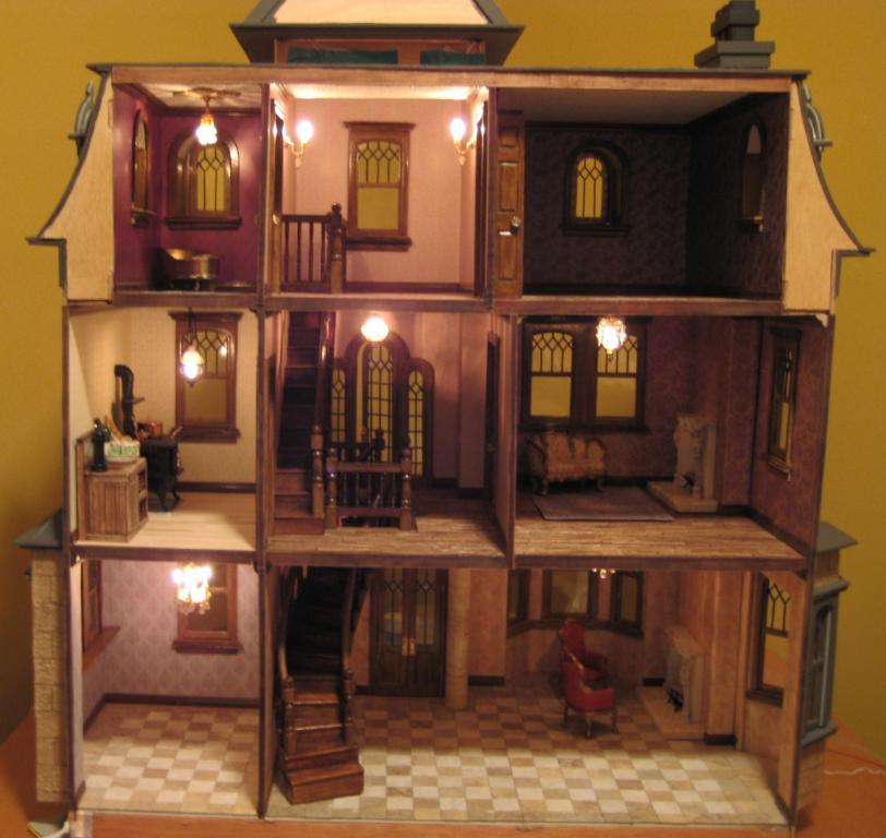 Greenleaf Dollhouses