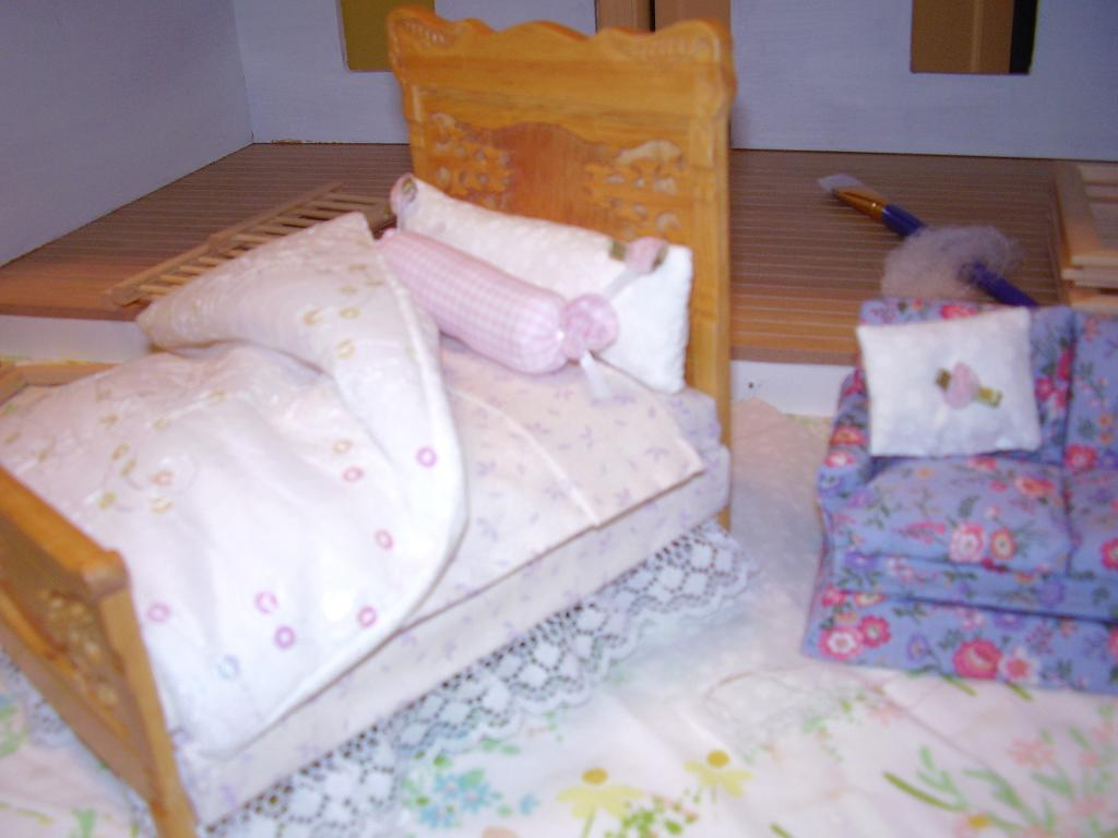 Dollhouse pictures Hodges 011.jpg