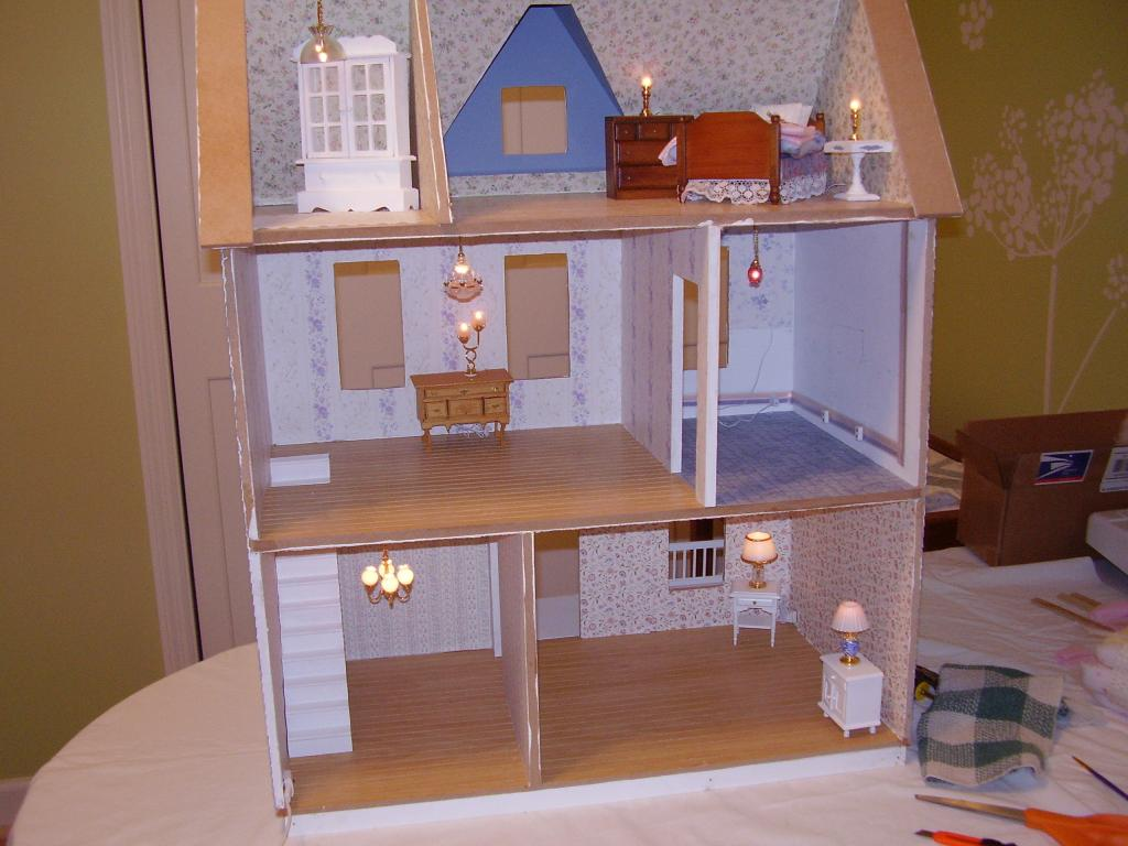 Dollhouse pictures Hodges 002.jpg