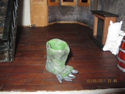 Clay Troll Foot Umbrella Stand