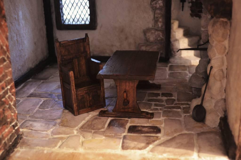 handmade tudor furniture