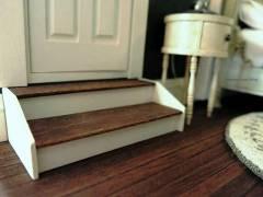 Bedroom stairs - detail