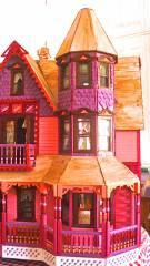 Susan's Garfield Victorian Dollhouse