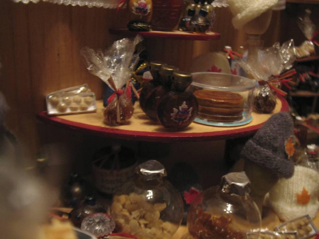 Display shelving, detail shot 2
