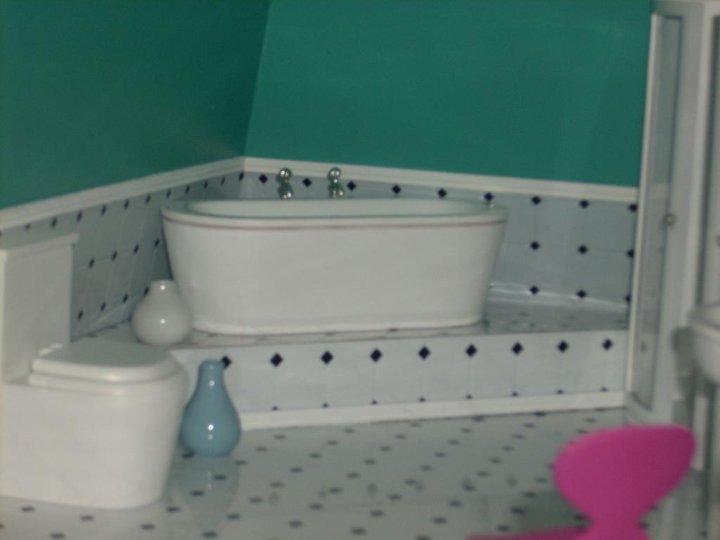 tub closeup