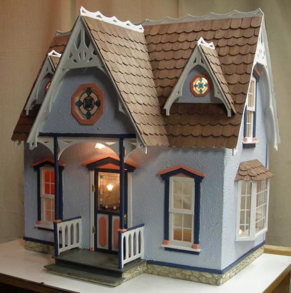 Corona Concepts Dollhouses
