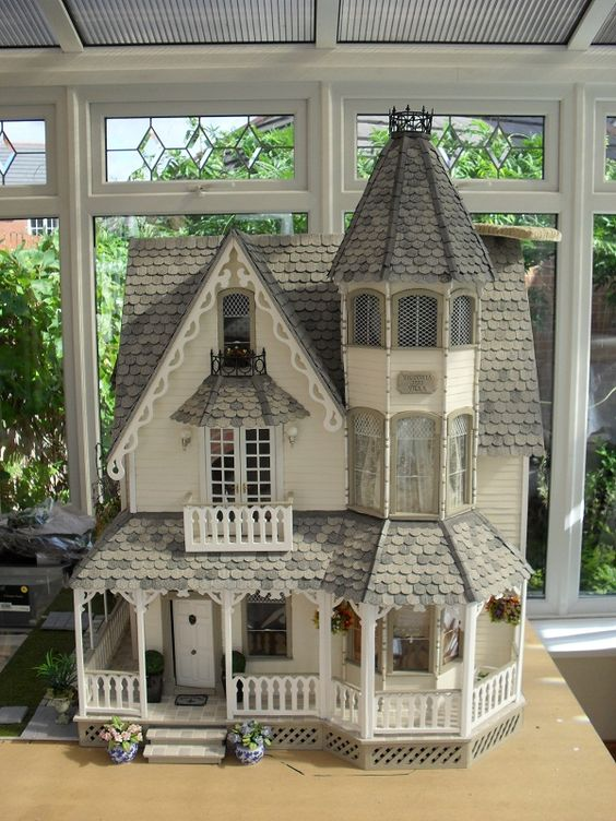 Garfield Pintrest Greenleaf Dollhouses The Greenleaf