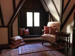 The Glencroft Dollhouse: Bedroom