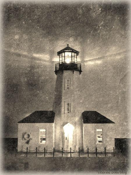 Walnut Bay Light - vintage photo