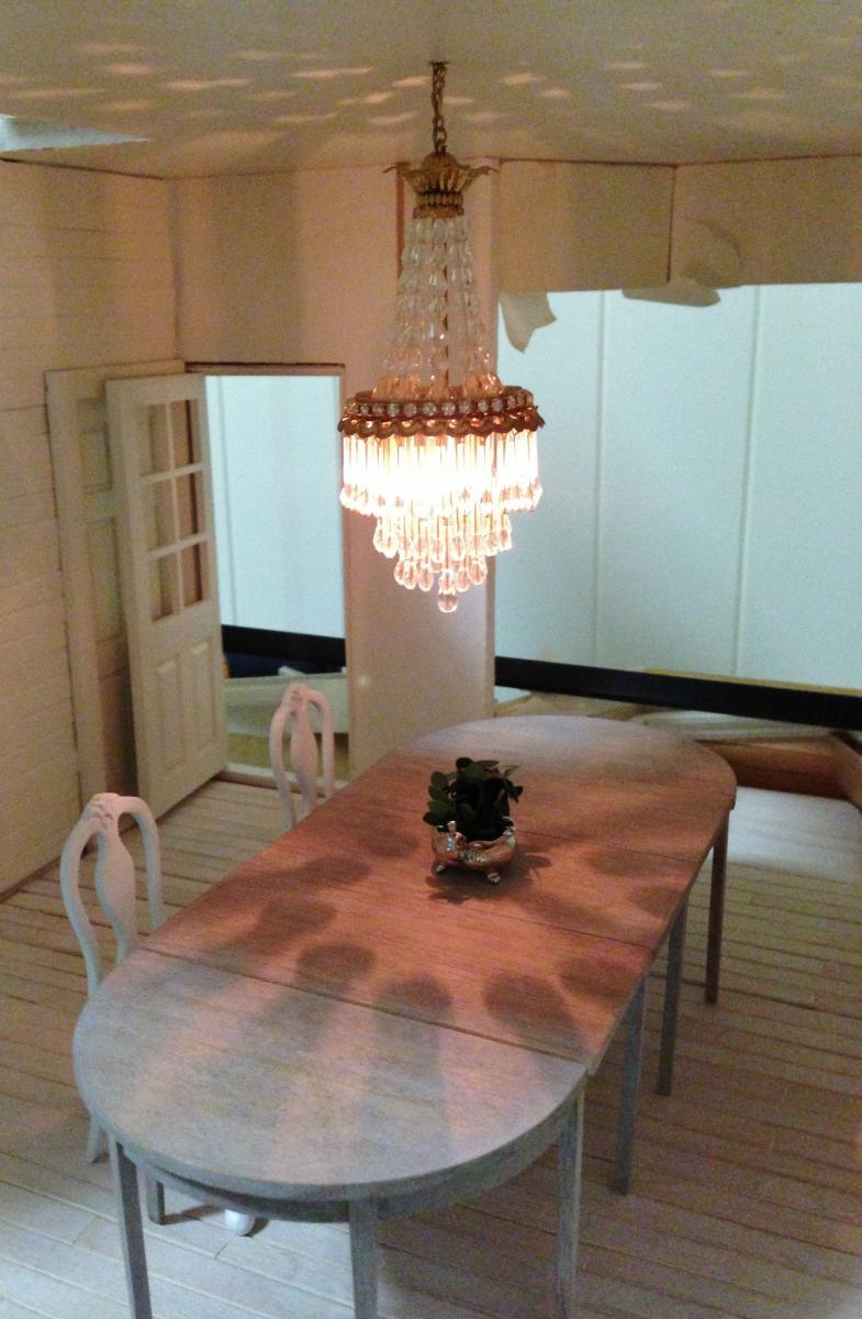 Gustavian Style Chandelier.JPG