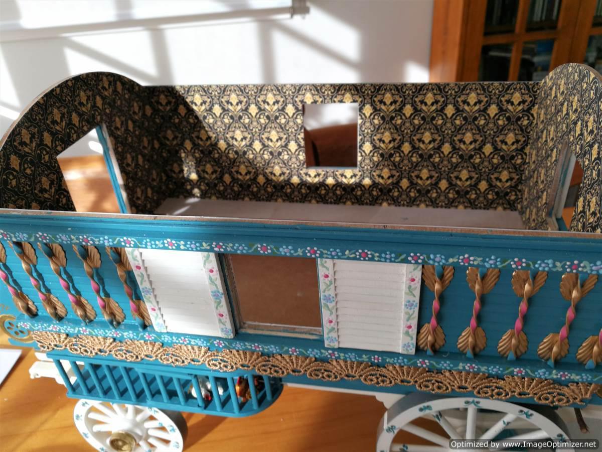 Wallpapered wagon