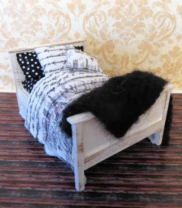 Half Scale Bed