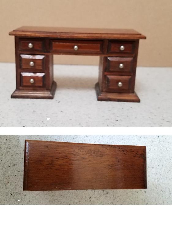 Desk.thumb.jpg.593ae35944a0ddcbc024a5afb