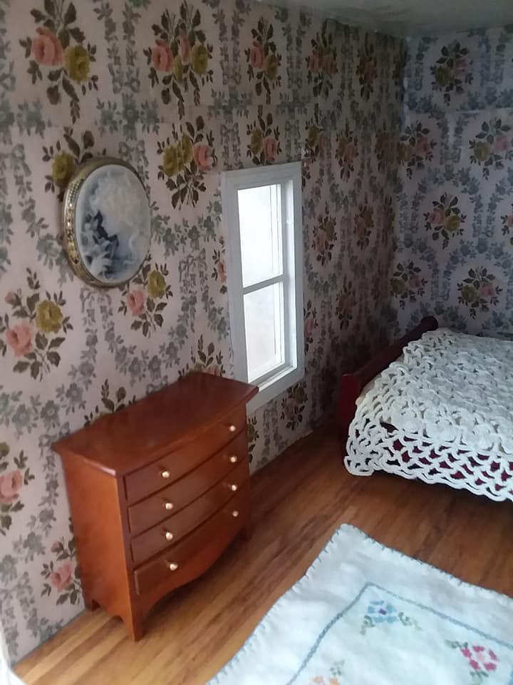 Meg & Amy's room