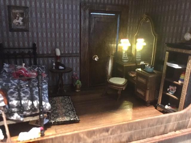 5d264cbdd856d-bedroomlight.jpg