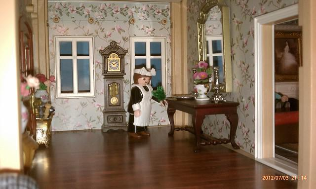 Playmobil Victorian Dollhouse Entry
