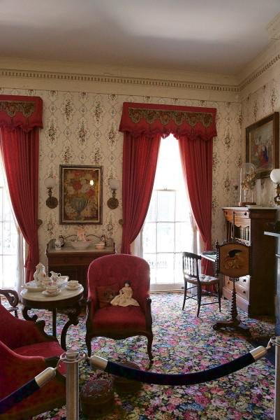 Sitting-Room-Gallier-House-New-Orleans-Louisiana-401x600.jpg
