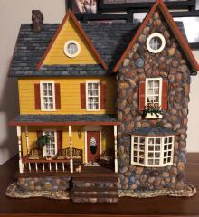 Half Scale Yellow Farmhouse Jr.